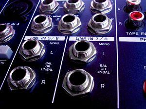 audio-input-28618-m