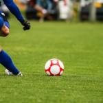 「強みを伸ばす」は「苦手なことをやらない」ということではない。小学生サッカーのゴールキックから学ぶ。